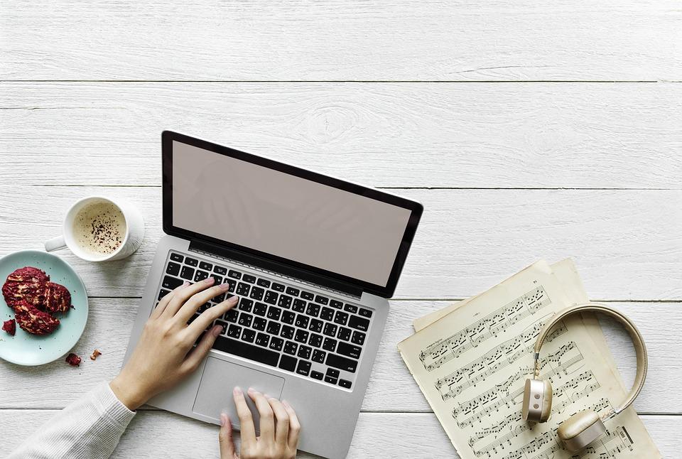 Lowongan Penulis Artikel Lepas